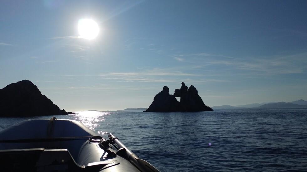 La carte des îles secrètes de la Méditerranée