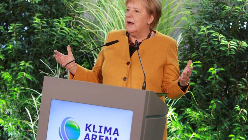Allemagne : moins ambitieux que prévu, le plan climat de Merkel suscite la colère