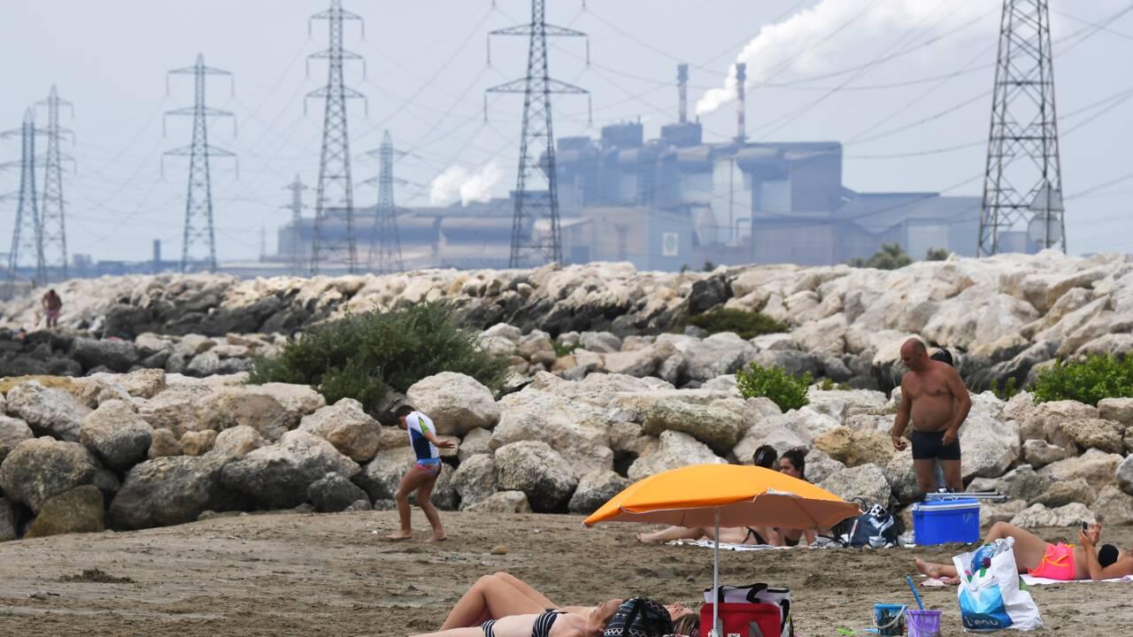 """Pollution: des riverains de Fos-sur-mer attaquent les industriels en justice pour """"trouble du voisinage"""""""