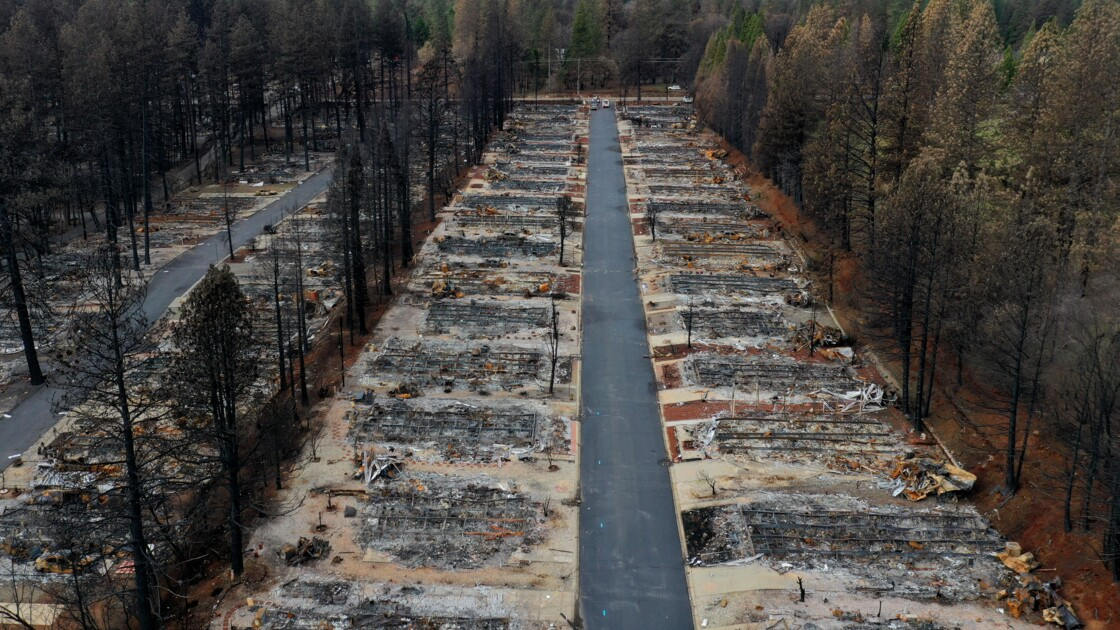 Californie: courant coupé pour 800.000 clients face aux risques d'incendie