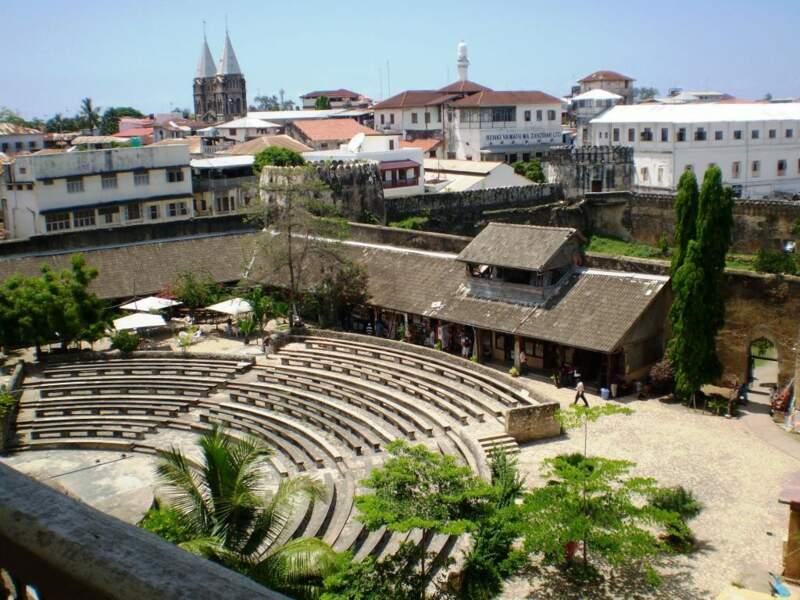 """Fort de Stone Town la """"ville de pierre"""", vieux quartier de Zanzibar City"""