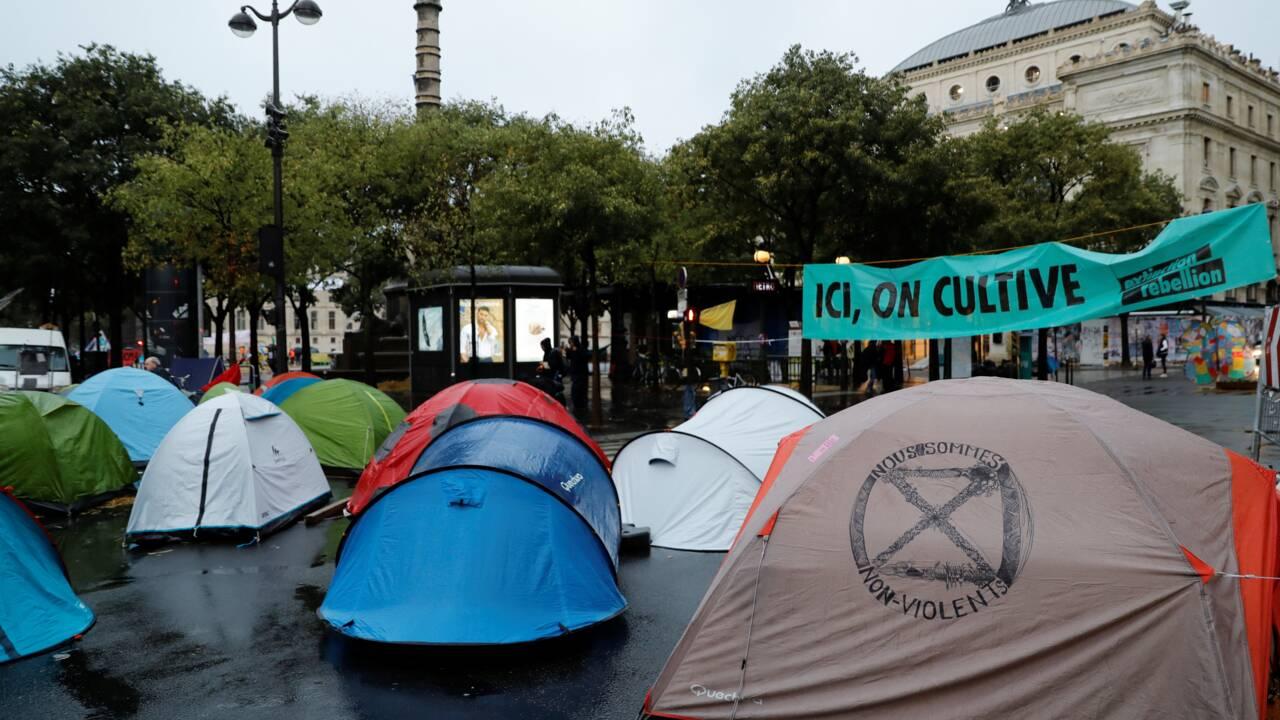 Extinction Rebellion: troisième jour de blocage au centre de Paris