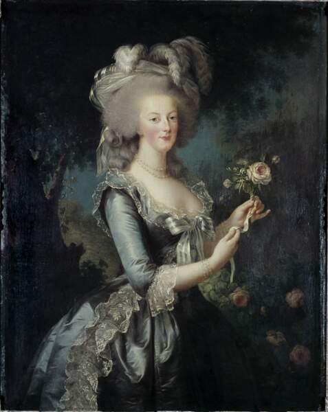 Portrait de la reine Marie-Antoinette dit « à la rose », Élisabeth Vigée Le Brun, 1783