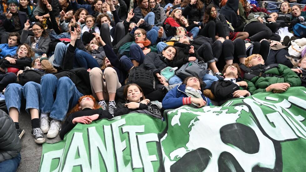 """A Montréal, l""""immense déception"""" des jeunes face au bilan environnemental de Trudeau"""