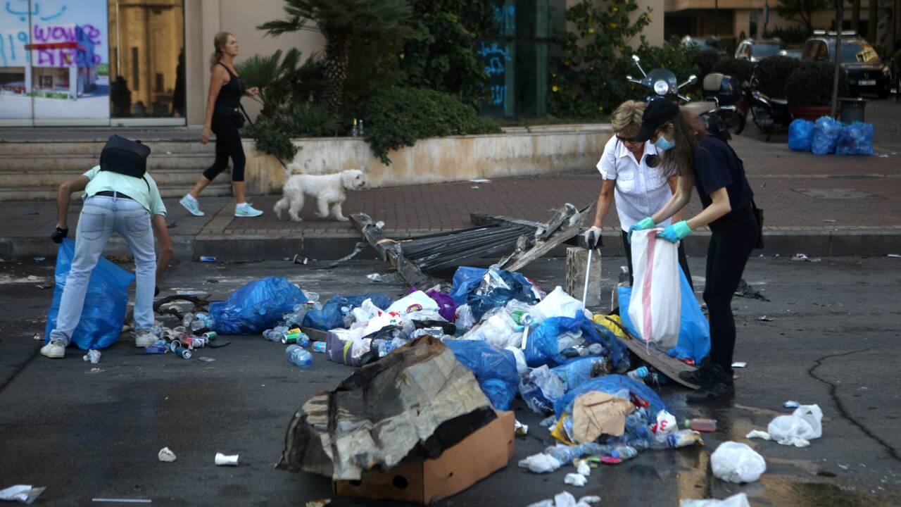 A Beyrouth, on conteste aussi avec des sacs poubelles