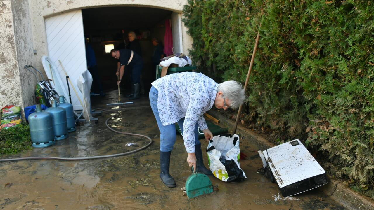 Près de Béziers, après les orages, la boue