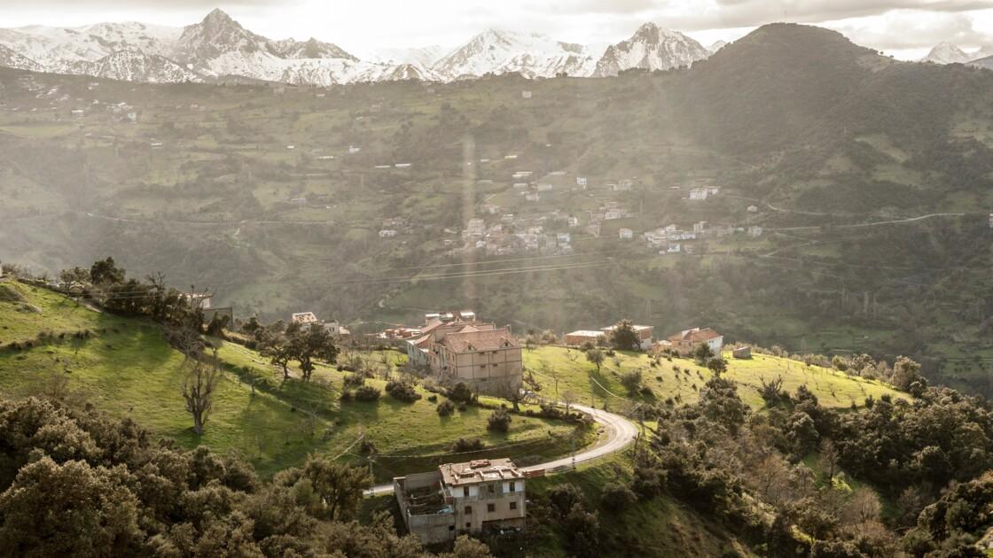 """""""Ô mon pays bien-aimé"""" : l'Algérie d'Annaba à Oran vue par le photographe Ferhat Bouda"""