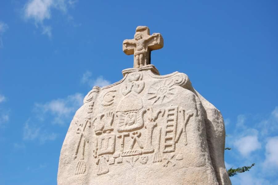 Un mégalithe à la gloire… du Christ