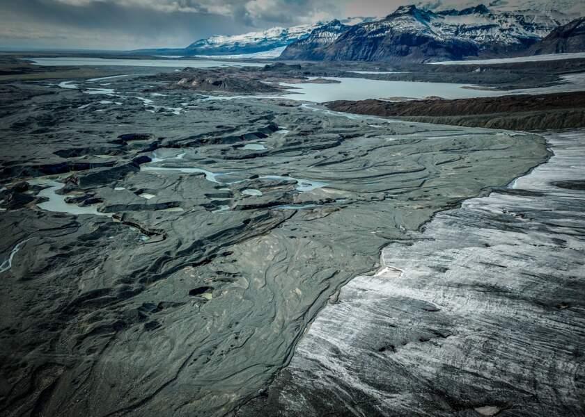 Fraichement déposé, Breiðamerkurjökull (Islande)