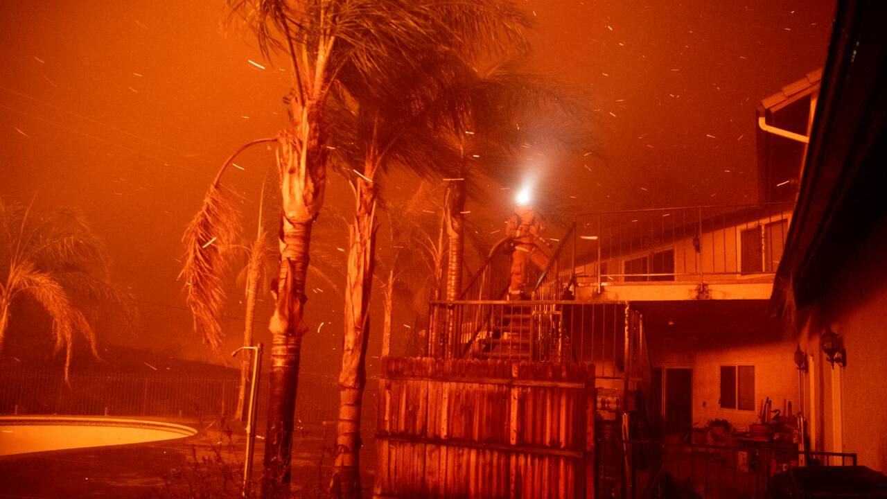 Nouveaux départs de feu en Californie, où les évacuations préventives évitent le pire