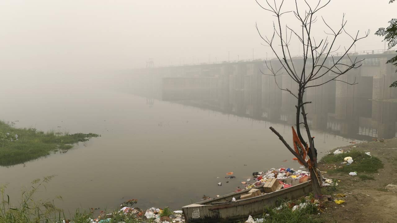 Delhi etouffe dans un brouillard de pollution