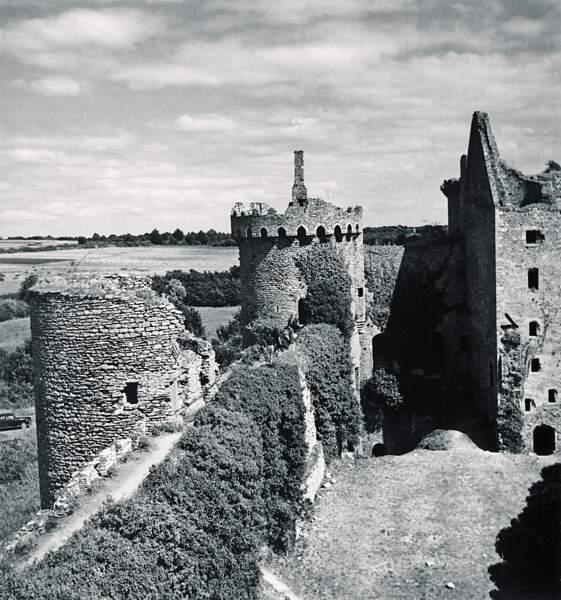 Sarzeau, 1373 : des murailles imprenables, sauf pour Du Guesclin