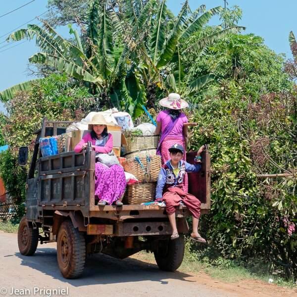Portrait de jeunes Birmans