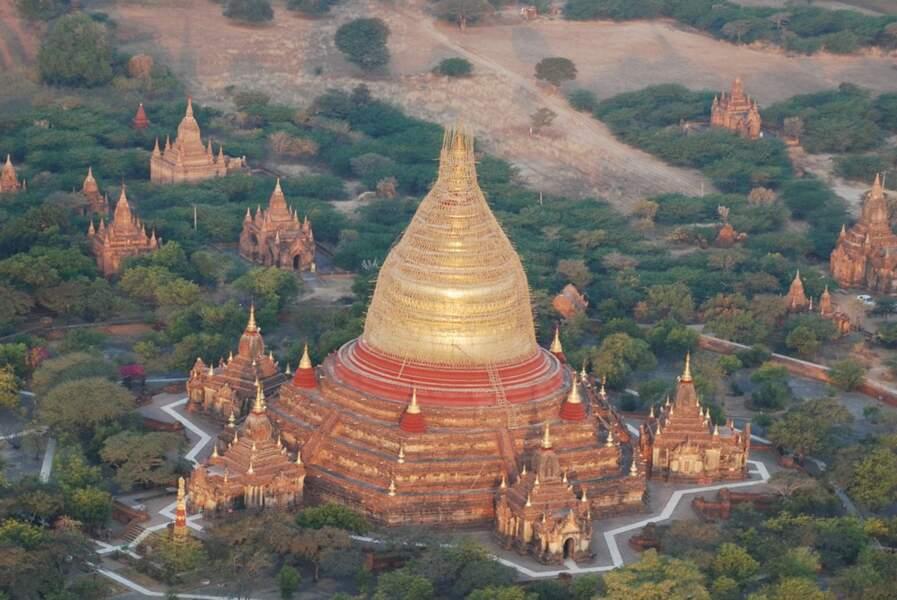 Vol en montgolfière au-dessus de Bagan