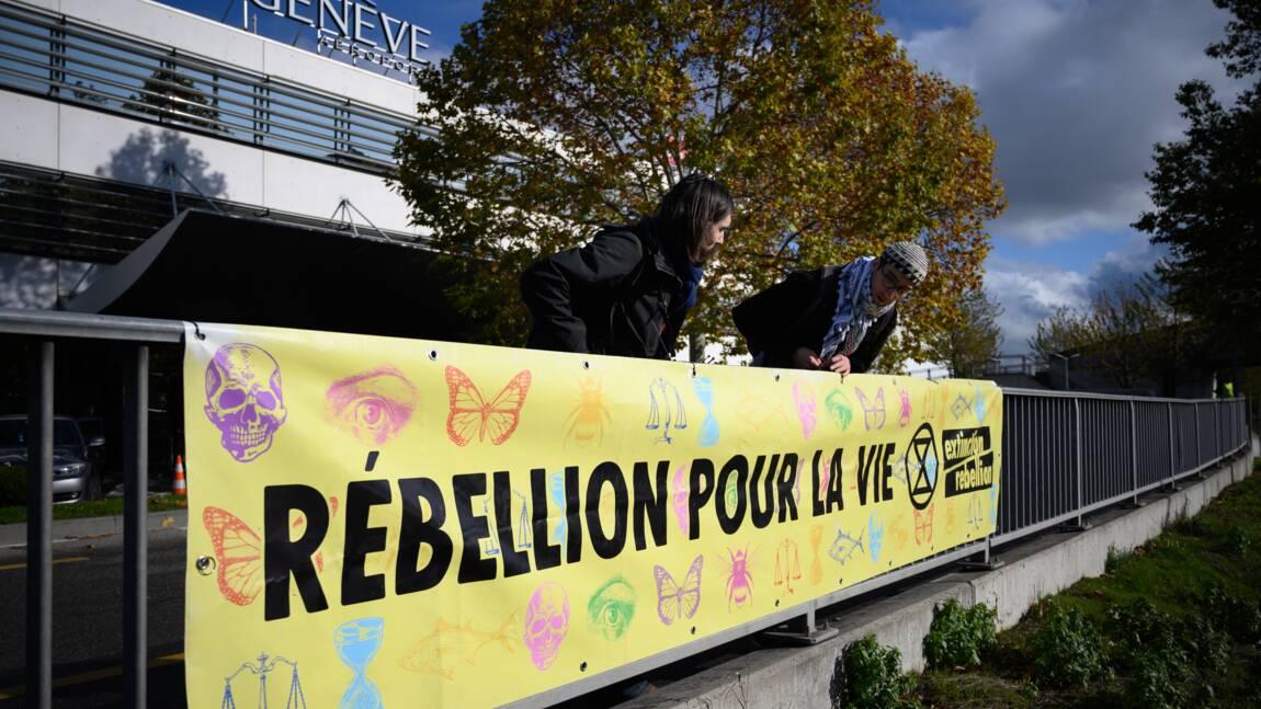 Genève: manifestation écologiste au terminal des jets privés