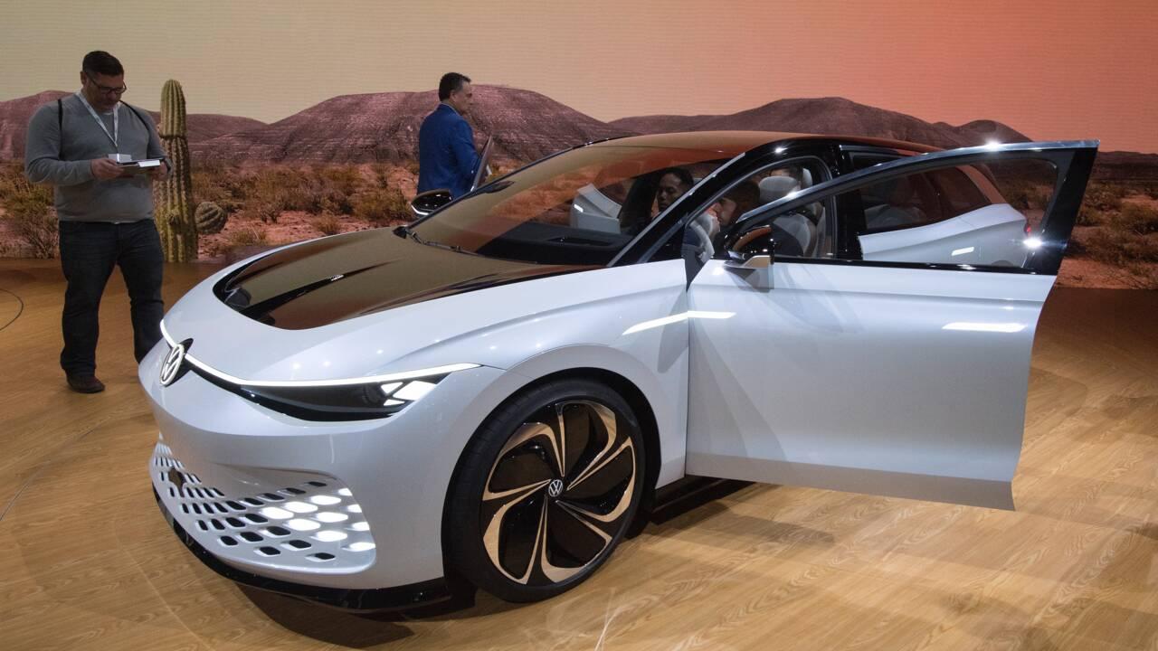Les véhicules électriques, un défi pour les supermarchés et les stations-service