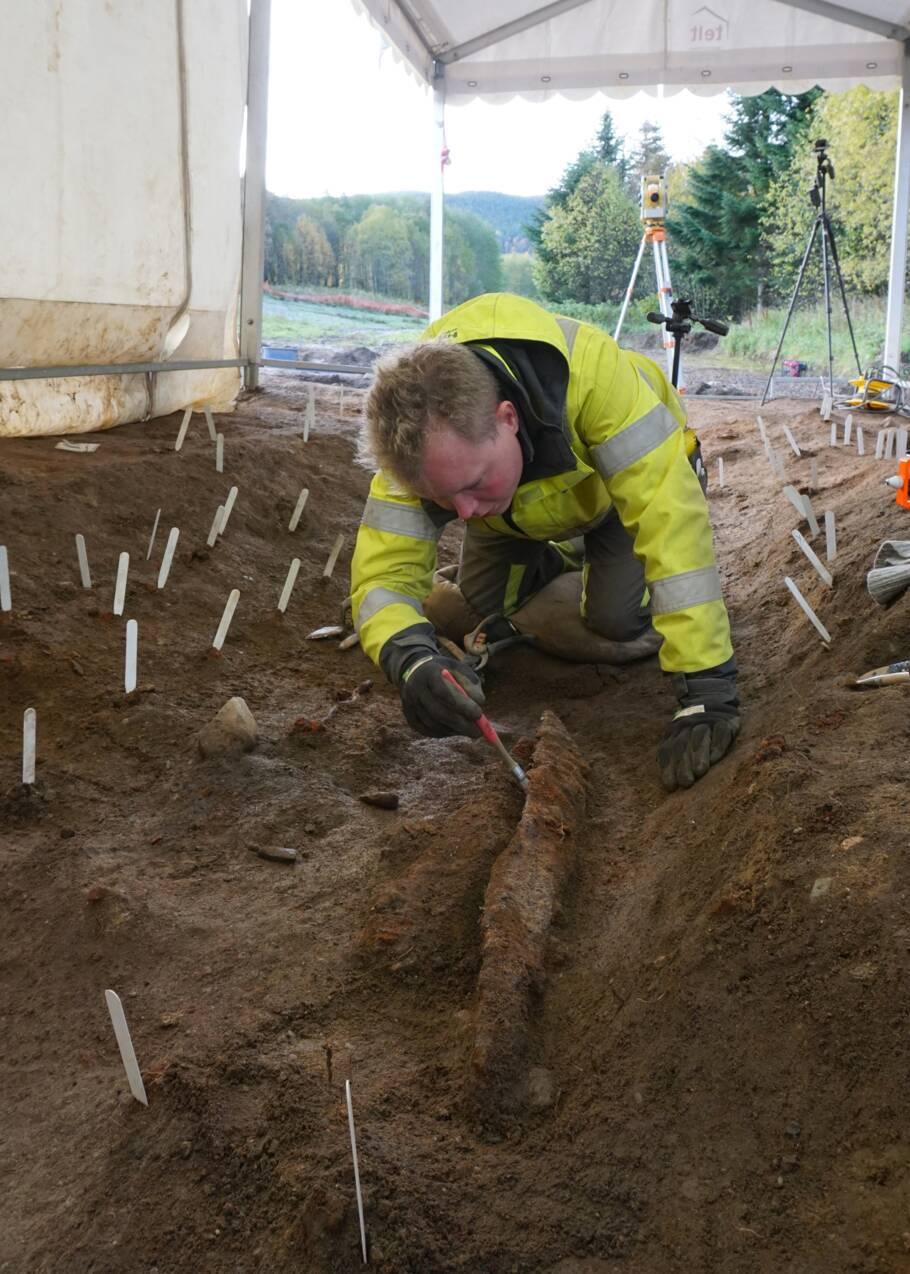 Un bateau-tombe viking vieux de 1200 ans intrigue les archéologues en Norvège