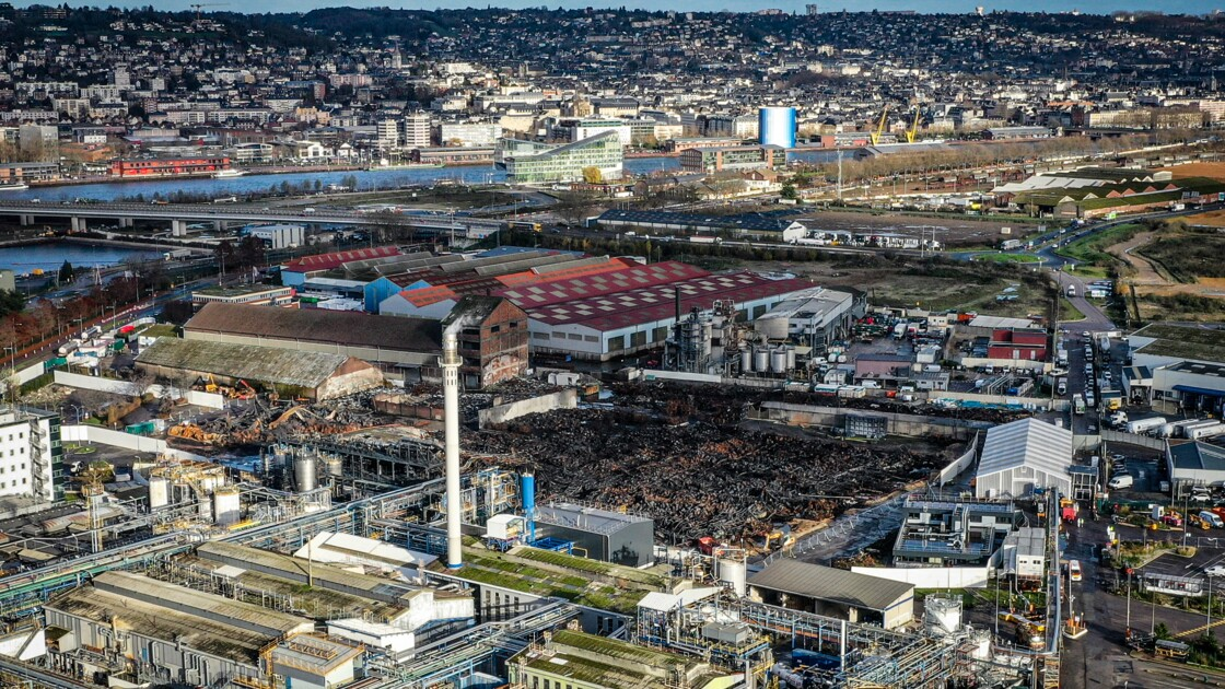 """Réouverture partielle de Lubrizol : """"honteux"""" selon un collectif de Rouennais"""
