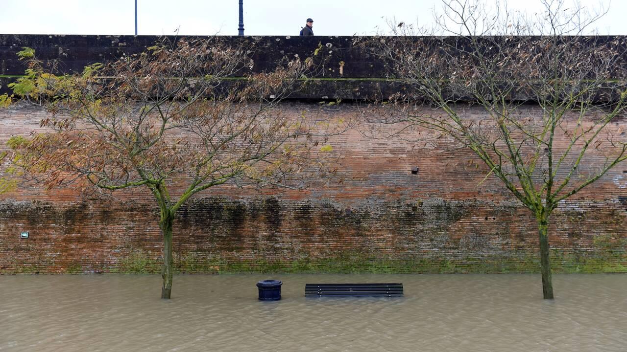 Intempéries dans le sud-ouest: un mort, cinq blessés, inondations en vue