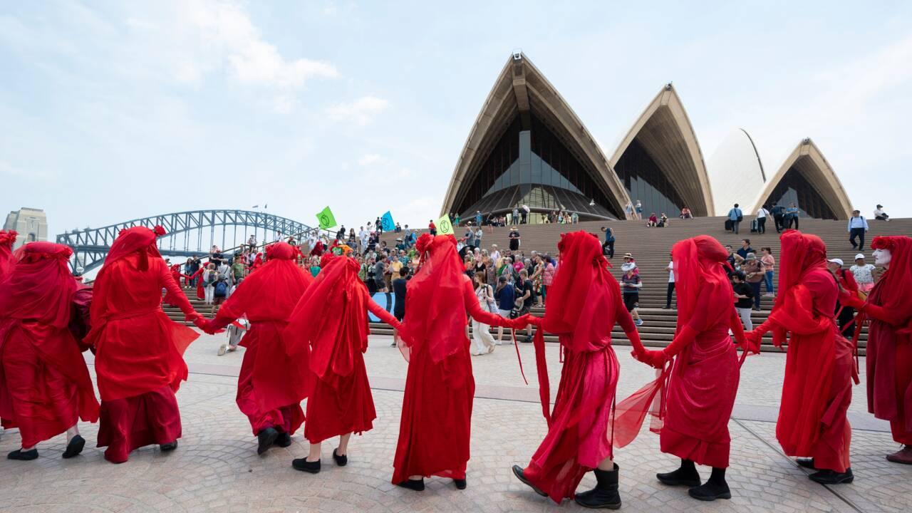 """Fumées toxiques: Sydney face à """"une urgence de santé publique"""", selon des médecins"""
