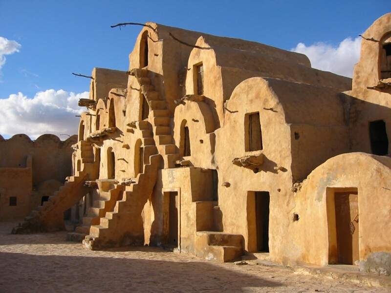 Ksar Ouled Soltane, non loin de Tataouine, Tunisie : quartier des esclaves de Mos Espa sur la planète Tatooine (épisode I)