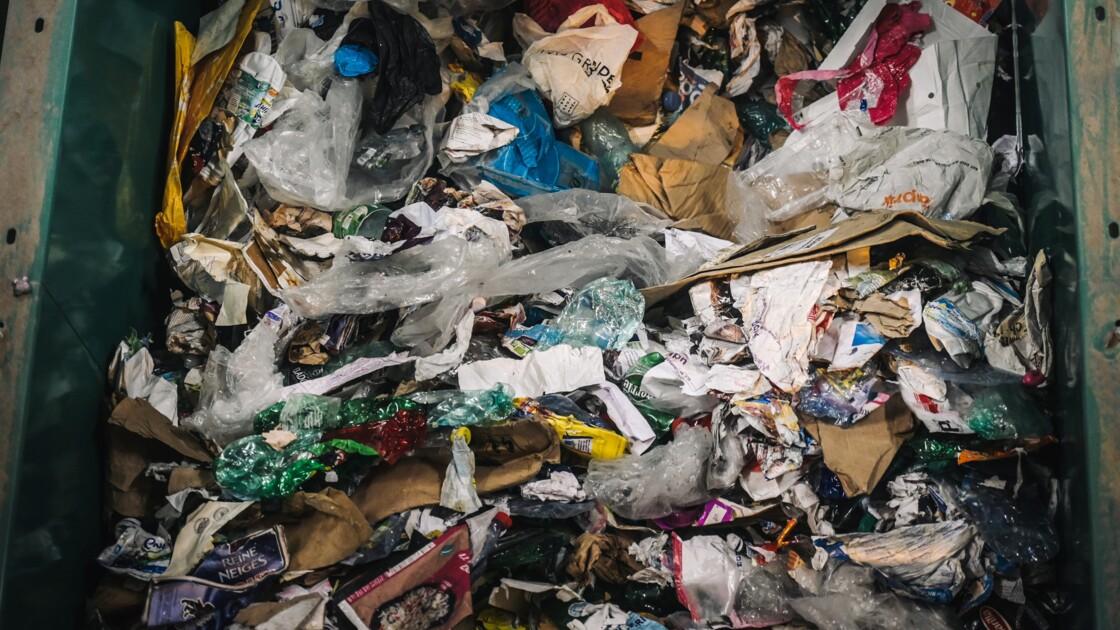 Mise en place de la consigne plastique en France : les arguments qui font débat