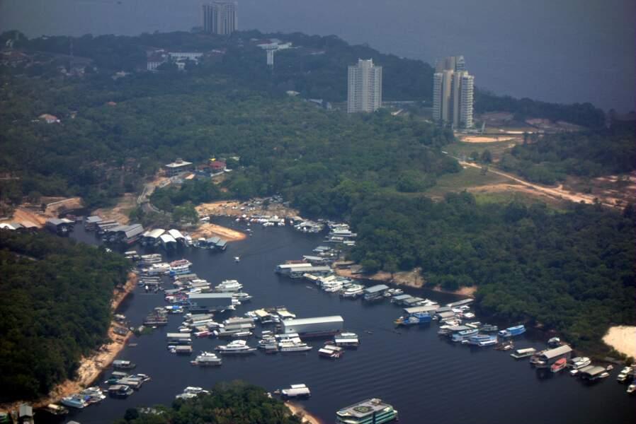 De Belém à Manaus, Brésil