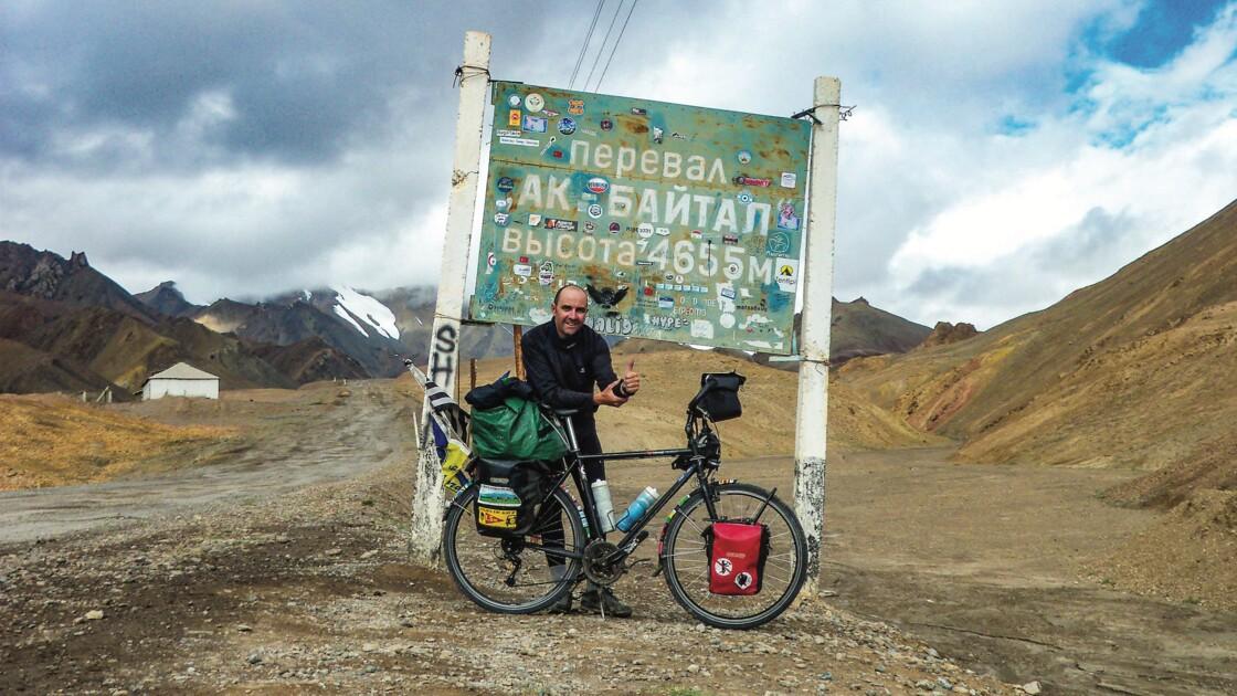 """2000 kilomètres à vélo en Asie centrale : """"J'ai voulu me laisser séduire par l'inattendu"""""""
