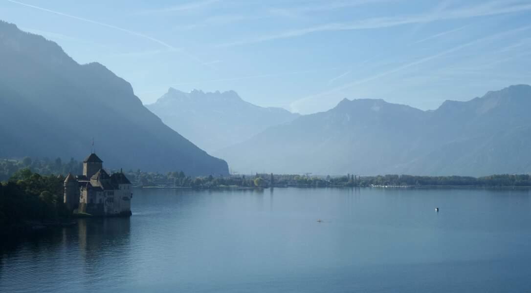 Lac Léman, entre la France et la Suisse