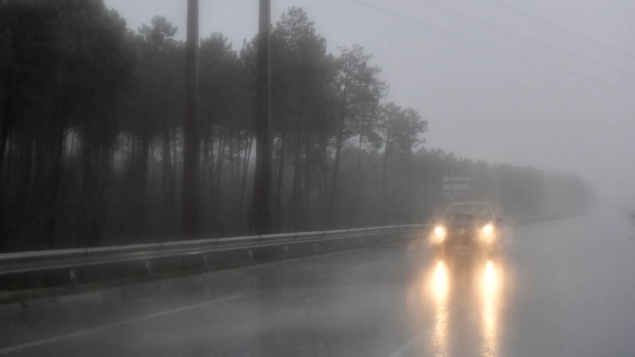 Auvergne-Rhône-Alpes: près de 40.000 foyers toujours privés d'électricité