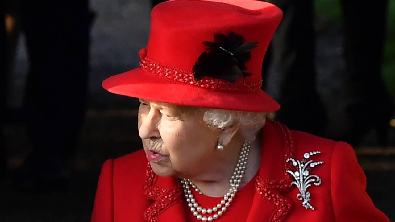 """La reine Elizabeth II salue le """"sens du devoir"""" des jeunes pour le climat"""