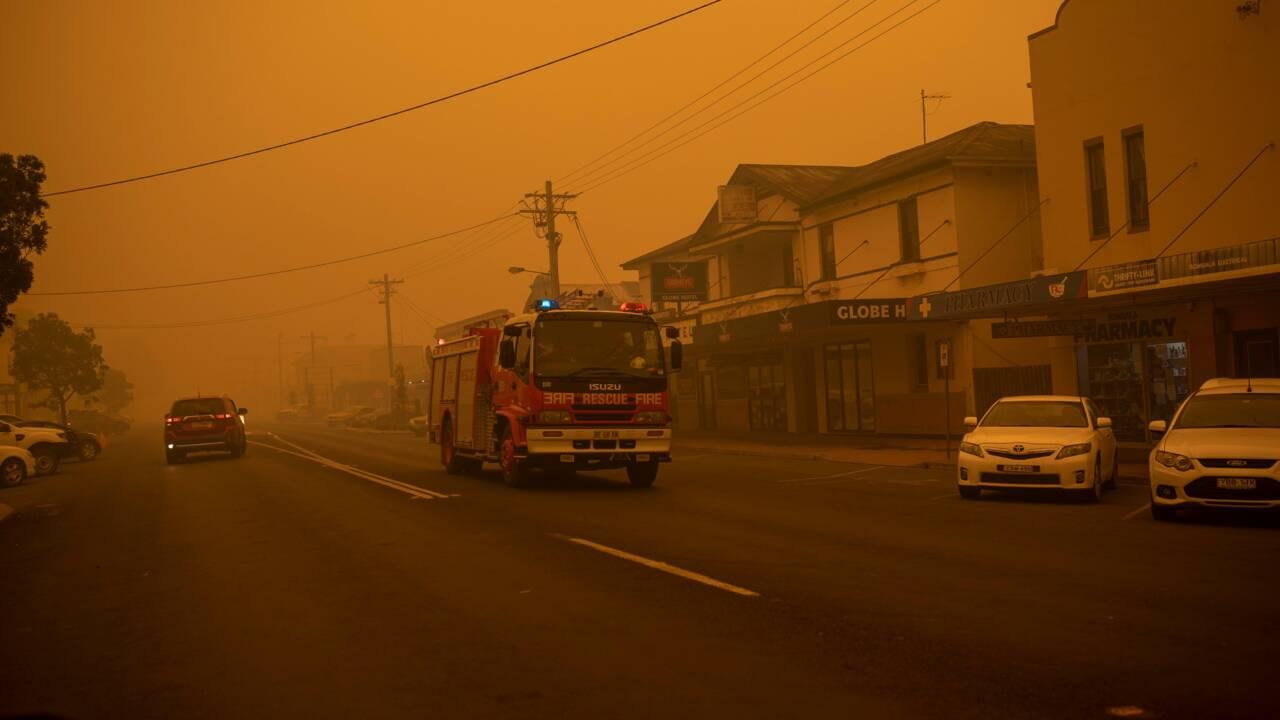 L'Australie mobilisée pour le sauvetage des milliers de personnes bloquées par les incendies