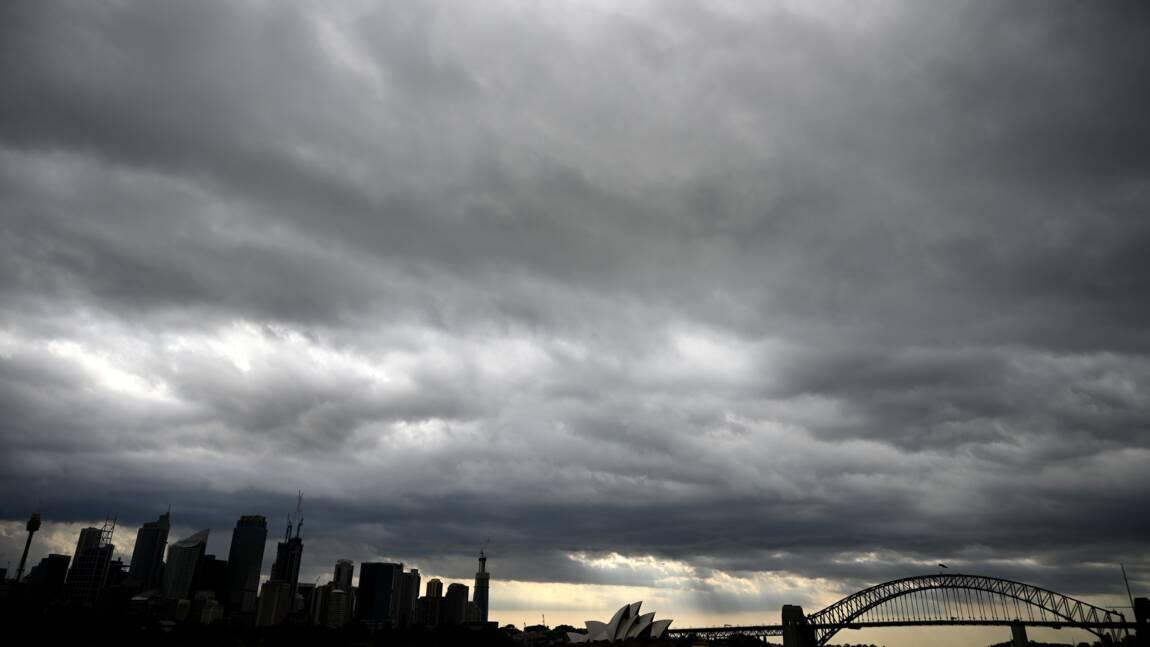Feux de forêts: l'Australie redoute de fortes chaleurs mercredi