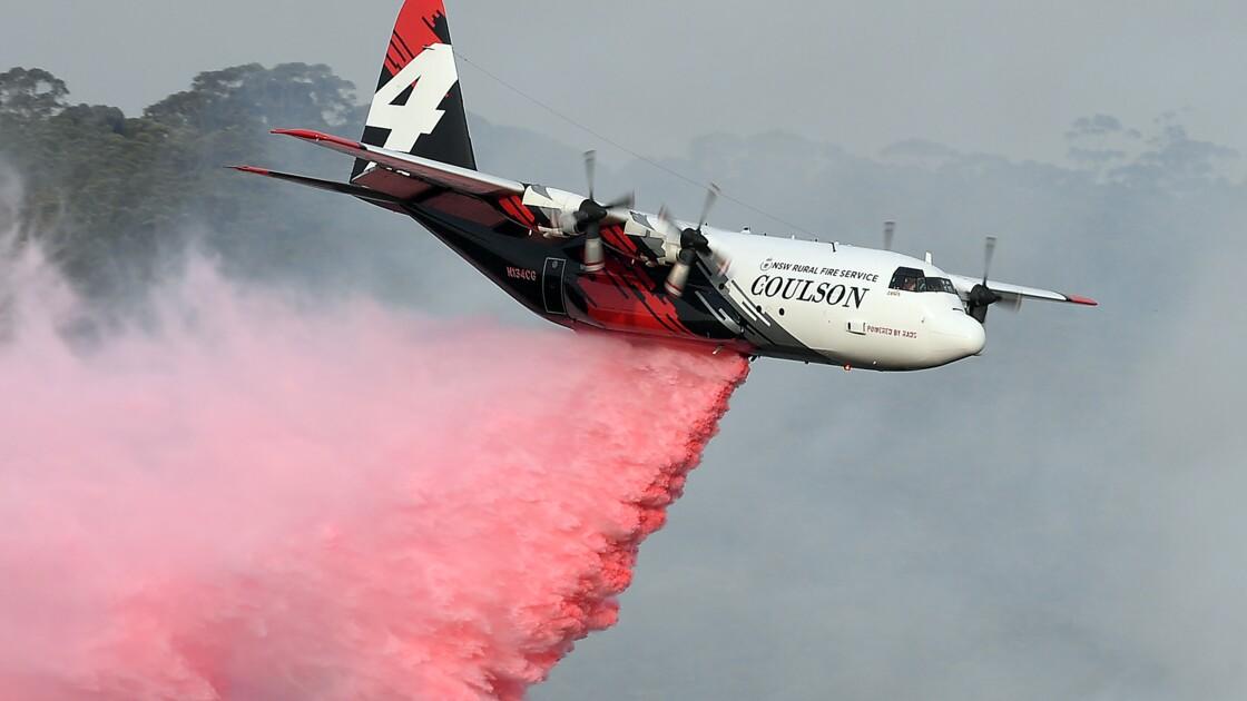 Feux en Australie: les enquêteurs sur le site du crash qui a tué trois pompiers américains