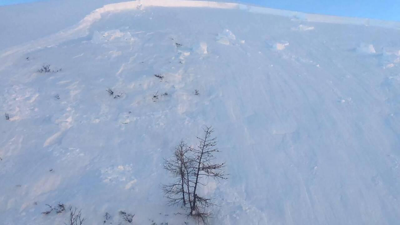 """Alpes: """"risque fort"""" d'avalanches déclenchées par des skieurs"""