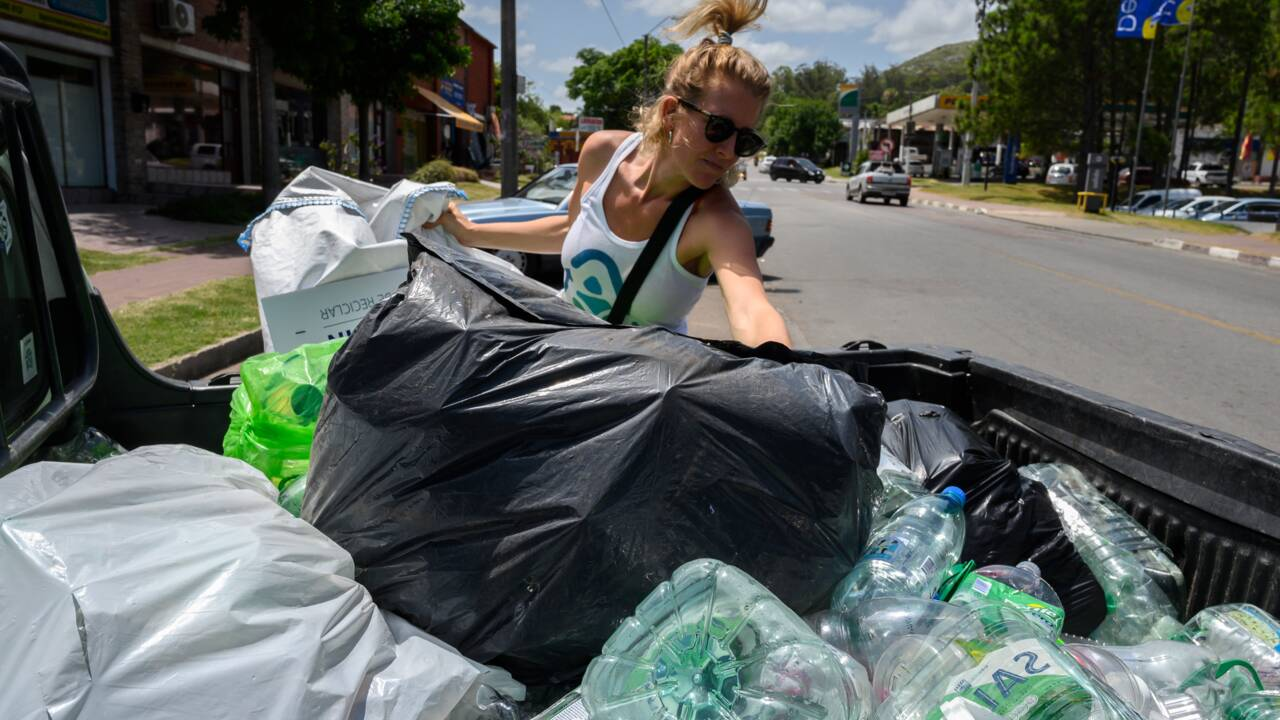 Uruguay: échange kilos de déchets plastique contre monnaie virtuelle