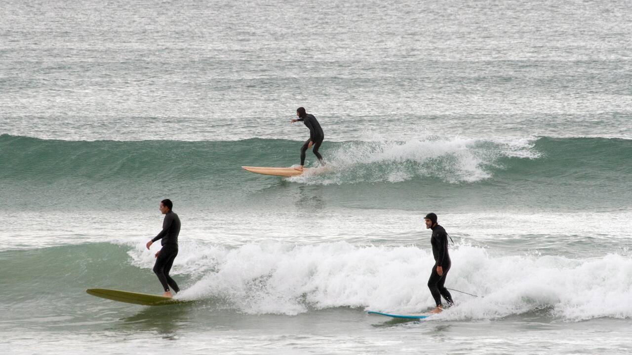 Dans les rouleaux sud-africains, l'essor du surf écolo