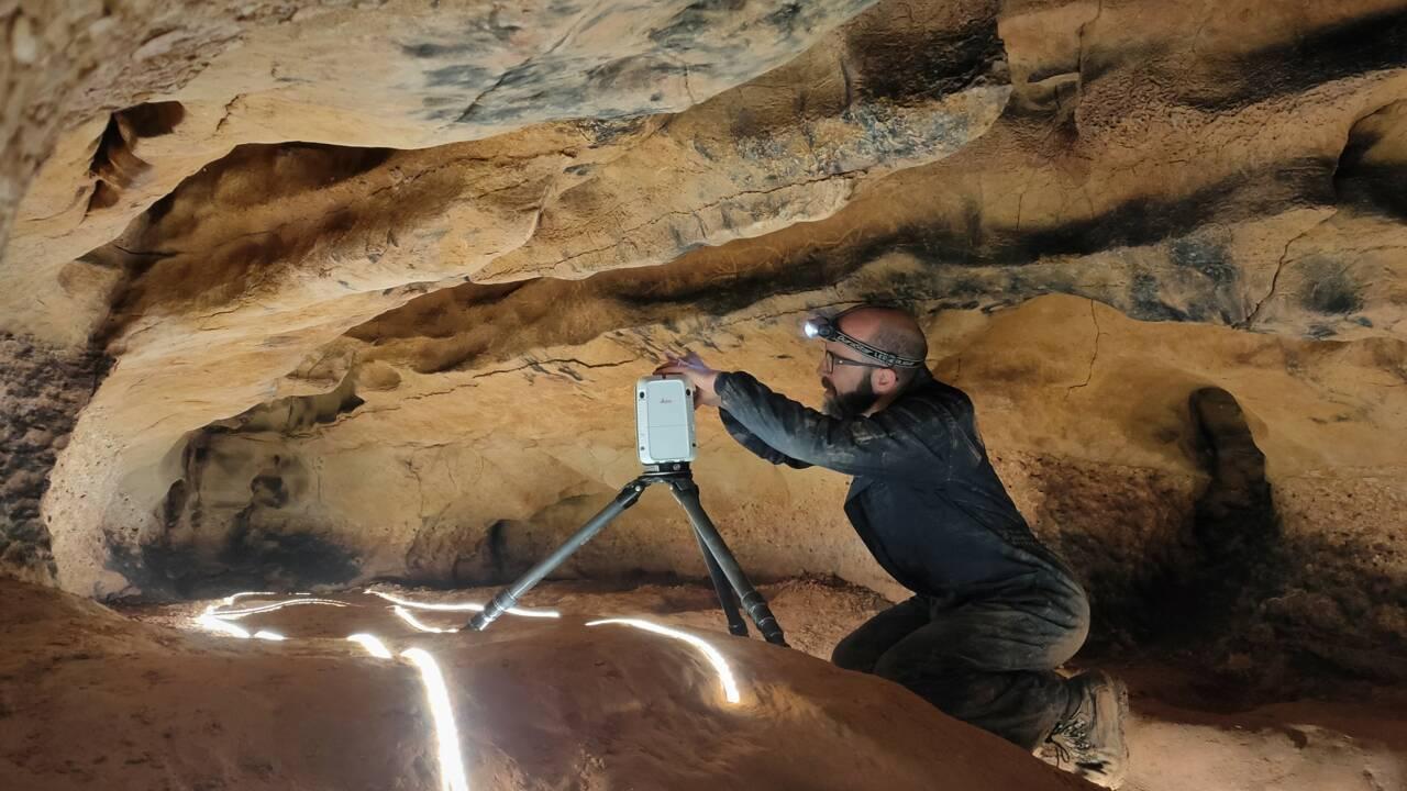 Des gravures vieilles de 15000 ans découvertes dans une grotte en Espagne