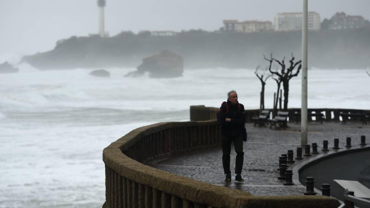 ONG et syndicats appellent à manifester pour le climat le 14 mars