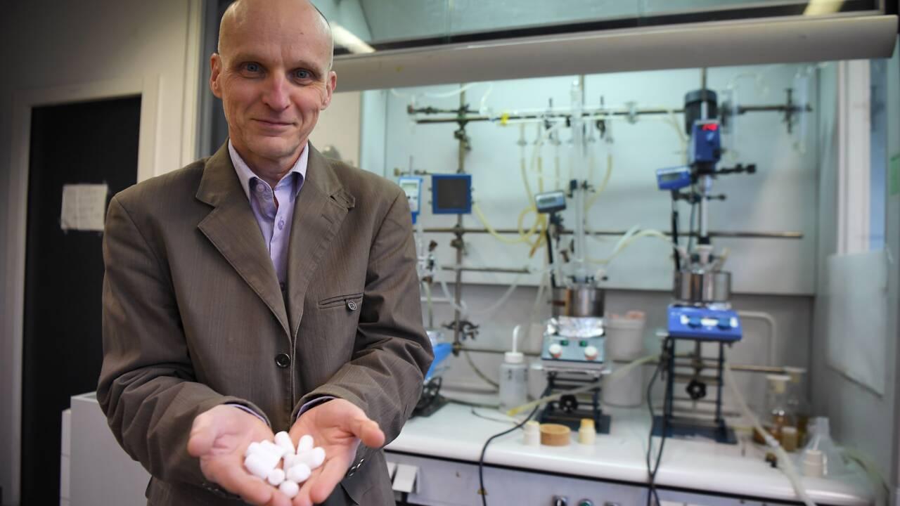 A Strasbourg, des chercheurs en quête des plastiques de demain