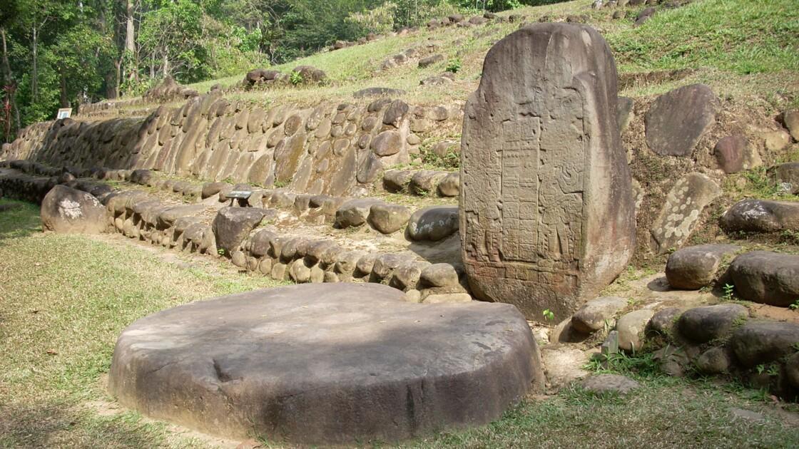 Au Guatemala, une stèle révèle les origines de l'écriture maya