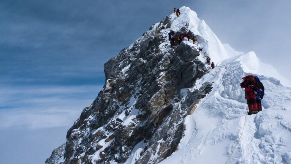Coronavirus : le Népal suspend les permis pour gravir ses sommets dont l'Everest