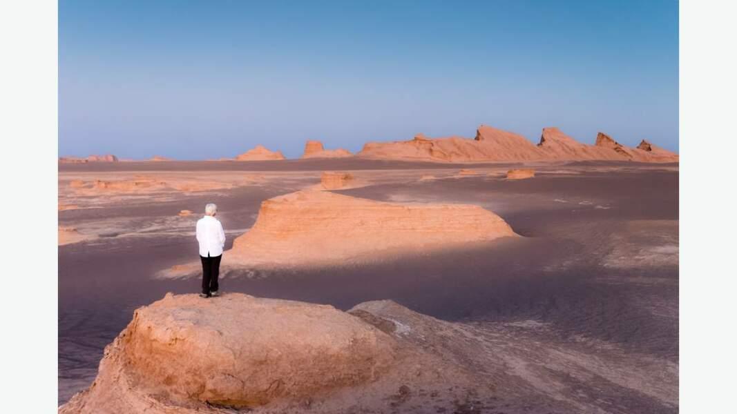 Les kalout, insolites formations géologiques de ce désert intrigant
