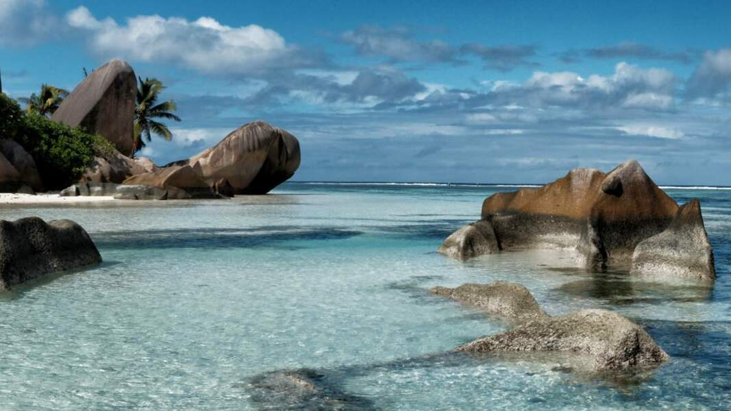La digue, île granitique