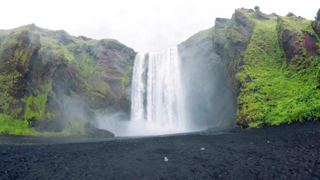 La mythique cascade de Skógafoss