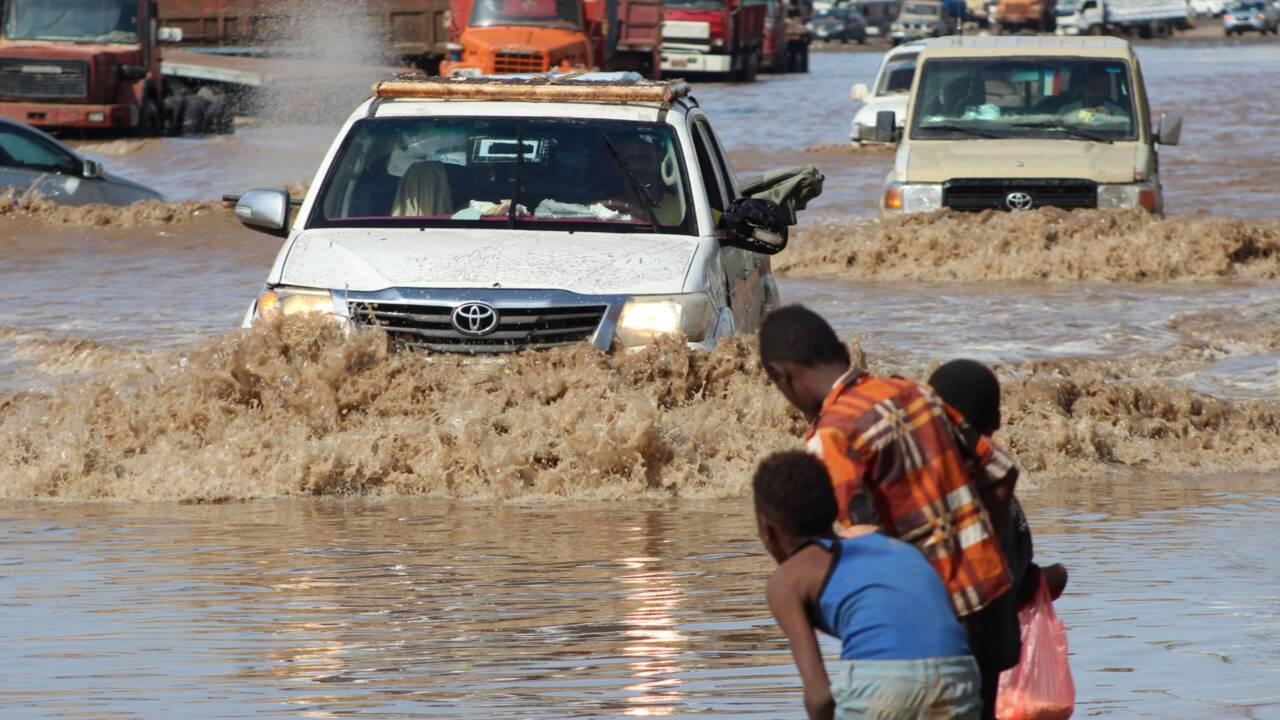 Yémen: huit morts dans des inondations à Aden, craintes du coronavirus