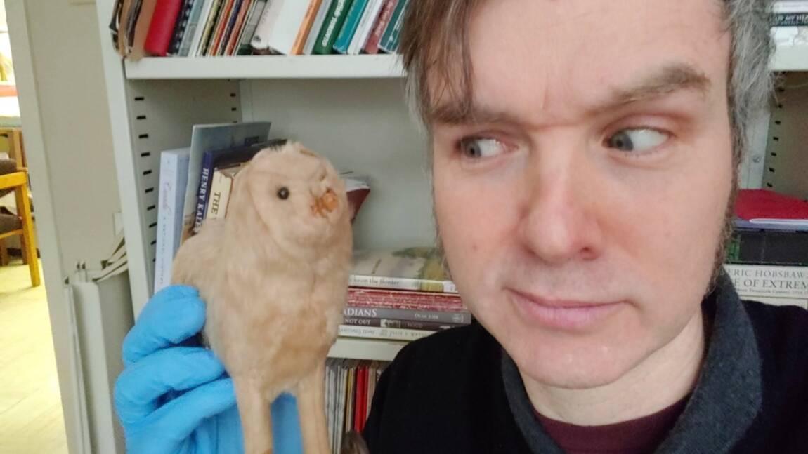 Les musées se défient sur Twitter pour élire l'objet le plus effrayant de leurs collections