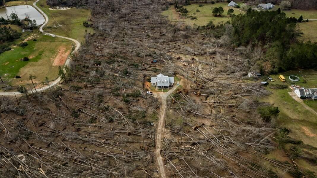 Maison ayant survécu à une tornade