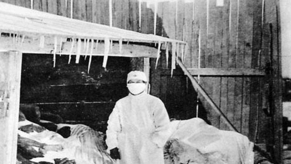 Comment les masques ont-ils été utilisés lors des grandes épidémies ?