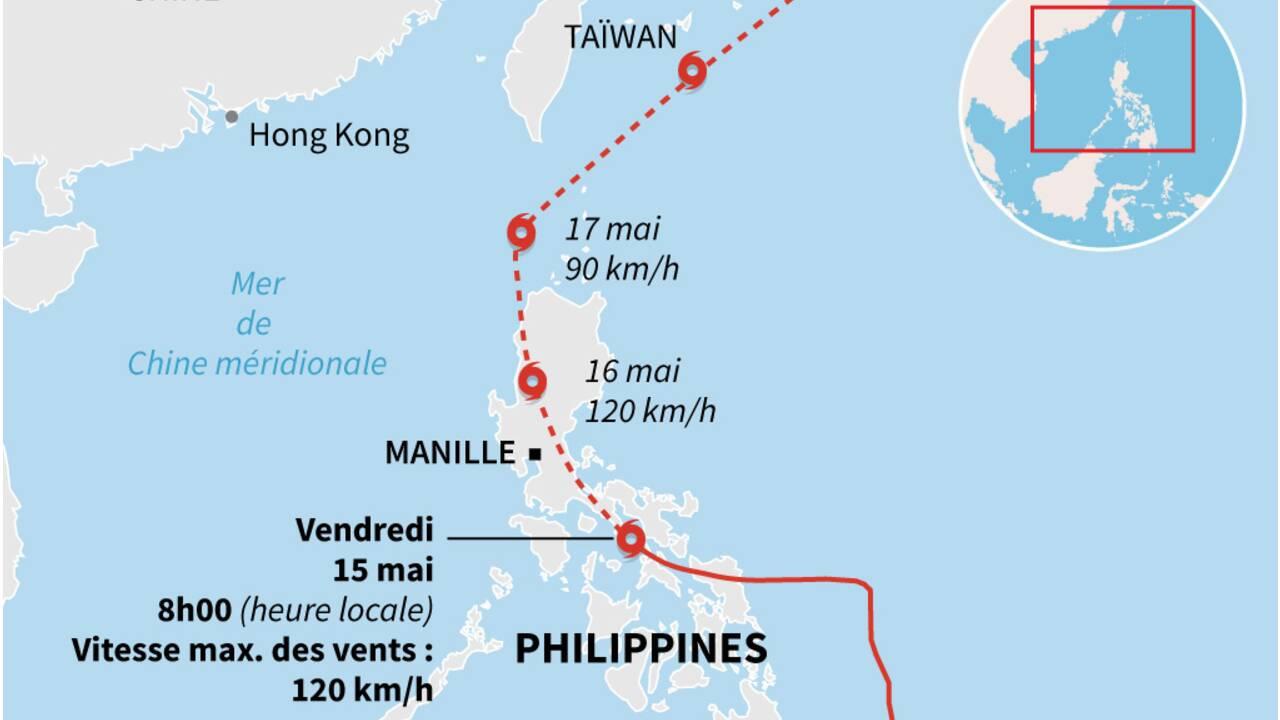 Philippines: un typhon force des dizaines de milliers de personnes à fuir leur maison
